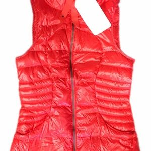 NWT Lululemon Sz 2 Fluffin Awesome Vest